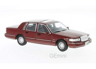 Lincoln Town Car Rouge